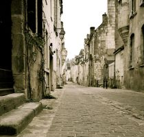 Old streets of Chinon by annamarcella24