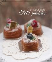Petit pastries by PetitDeCherries