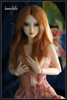 Suki_Peach_by_DamselDolls by Plush-club