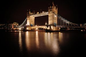 Tower Bridge by abhenna