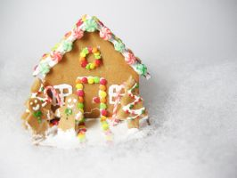 gingerbread house3 by PetiteCreation