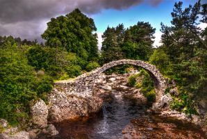 old stone bridge by wulfman65