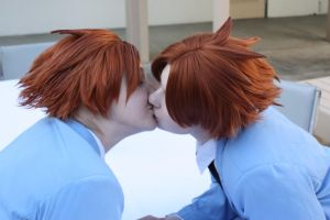 Steal a Kiss from My Twin by Glass-Rose-Prince