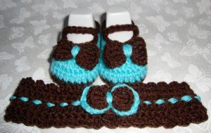 Aqua and Chocolate crochet shoes by Crochet-by-Clarissa