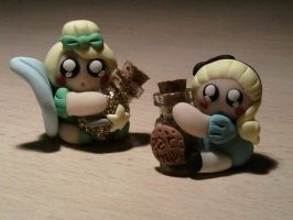 Trilli and Alice with bottle fimo by bimbalove81