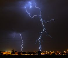 Lightning 7751 by mammothhunter