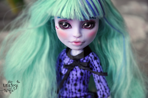 OOAK Monster High Twyla by theugliestwife