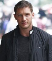 Tom Hardy 6 by AMANDABOMINATION