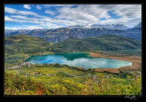 Lago di Caldaro in autumn by sigapix
