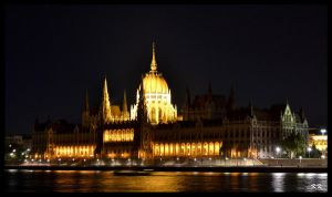 Budapest Parliament by KAKAO85