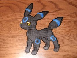 Shiny Umbreon Bead Sprite. by KitzyBitzyy