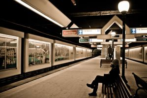 Waiting for a last train by saldon
