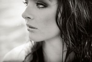 black and white portait by LynneElvine