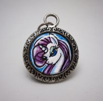 Glass Pendant: Rarity by SapphireIceAngel