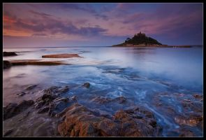 St Michaels Mount - Magenta by Wivelrod