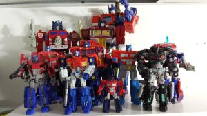 Team Optimus by GiantGeekyRobot