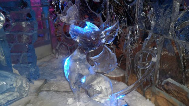 the cutest ice sculpture in whole festival by BleedingDarkRose