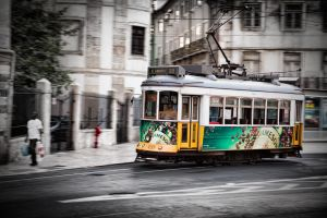 Lisboa Tram 01 by Stilfoto