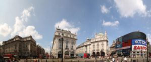 Panorama - Picadilly by Katerianer