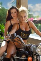 Bike girls by chunydia