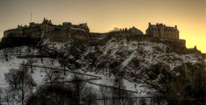 Edinburgh Castle by 100-days