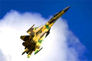 Sukhoi Su-35 by FPSRussia123