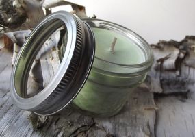 Cucumber and Melons Soy Candle -- 4 ounce Jar by curiouscarrie