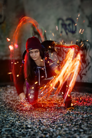 InFAMOUS: Delsin Rowe female cosplay by MarikaGreek