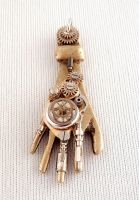 Steampunk Hand Pendant by bahgee