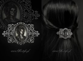 Skeleton Lady Hologram Hairclip by Euflonica