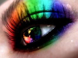 Rainbow Eye by Colormeskittle