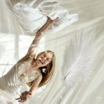 Pillow fight by theogroen