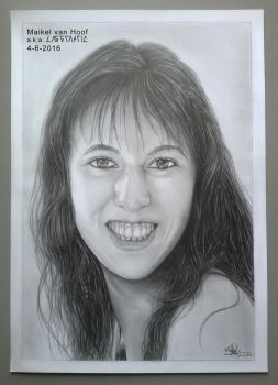 Portrait drawing Sheraine (Shelby-3000) by Laggtastic
