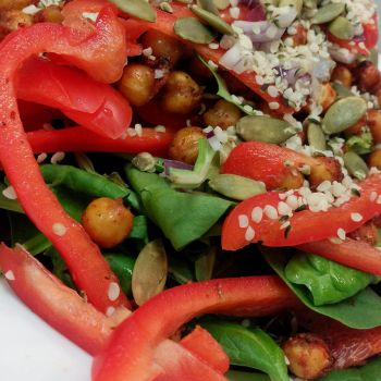 Spicy Chickpea and Spinach Salad by kristinyates