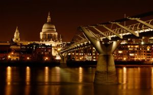 Wallpaper: Towards St. Paul's by spendavis