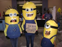 Minions cosplay by Robot001
