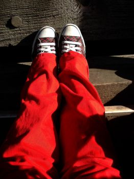 Converse and Red Pants. by xemopineapple92x