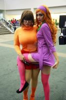 Velma and Daphne by lianthus