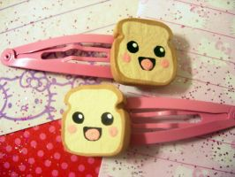 Happy Toast Hair Clips by pinkDudu