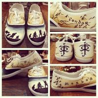 Lord of the Rings kicks by XxInsanityX