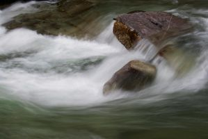 Water in movement by Croc-blanc