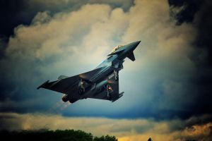 Eurofighter Typhoon by JoostvanD