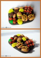 Polymer clay BBQ plate by Sandien
