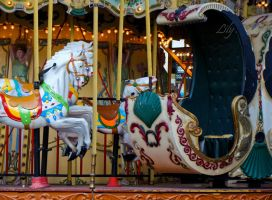 Carrousel . by Piix-addict