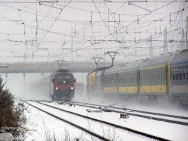 Intercity and Railjet in snow in Gyor-gyarvaros by morpheus880223