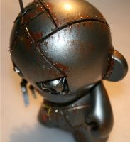 Remote Controlled Munny5 by MattAcustoms