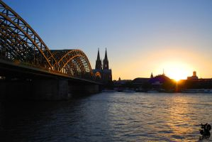 Cologne's cathedral by Allerlei
