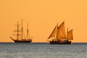 Battle at sea - Cable Beach by wildplaces
