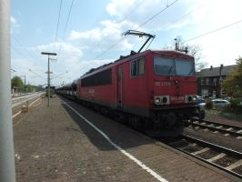155 035 with car train by damenster