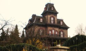 Haunted Mansion by Shikachimaru2